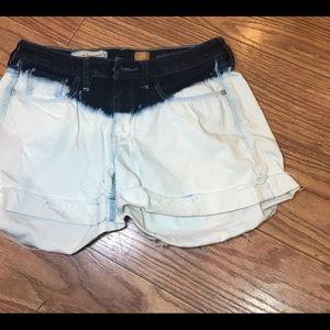 Anthropologie Pilcro  Dip Bleach jean shorts Sz 27